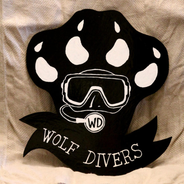 wolf divers